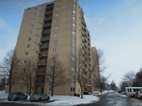 Fully Reno'd 2 Bed Condo Commissioners & Wellington By Hospitals