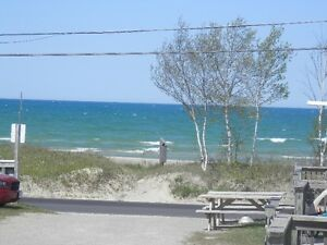 1,2,3,4,5 Bedroom cottages, beach front