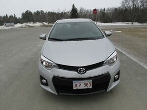 2015 Toyota Corolla Lease Takeover Short Term Lots of Kms
