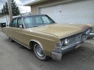 1967 Chrysler New Yorker Sedan