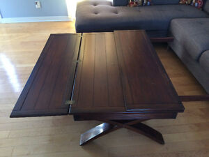 Coffee table in a very good condition