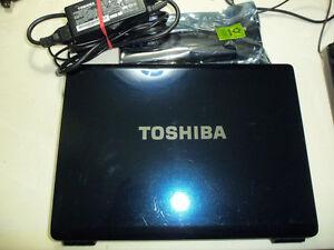 Toshiba Satellite U300 C2D 1.6ghz, 160GB HD, 2GB Ram, Win8.1 Pro