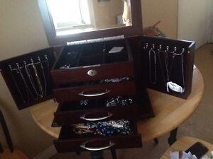 Beautiful  cherry wood jewellery box