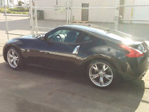 2009 Nissan 370Z Touring Coupe (2 door)