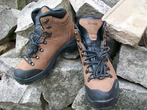 MEC  Day Hiking Boots