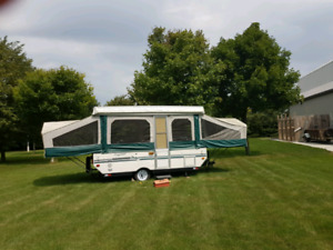 FLAGSTAFF 10/20 FEET TENT TRAILER FOR SALE