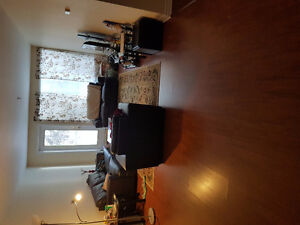 Roommate wanted in 3 bedroom appartment