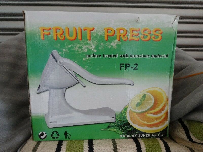 Manual Fruit Juice Press with Stand