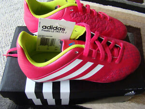 BNIB ADIDAS SOCCER SHOES SIZE 2 FOR GIRLS AGES 6 - 9 HOT PINK Regina Regina Area image 5