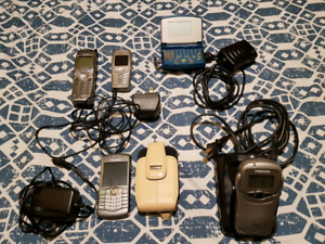 RARE COLLECTABLE OLD CELL PHONES SEE DESCRIPTION