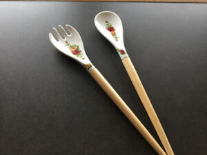 Old Country Roses Salad Tongs