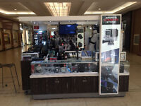 Busy GOPRO Kiosk In West Edm Mall needs Energetic Salesperson