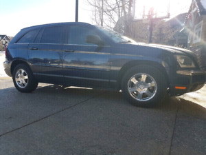 2006 Chrysler Pacifica Touring SUV / Crossover