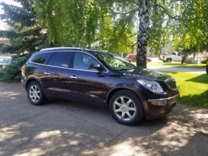 2008 Buick Enclave - Full Leather, Nav, 2 Sets of Tires