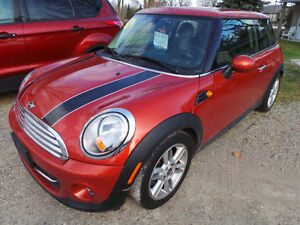 2013 MINI COOPER, AUTOMATIC, LEATHER, PAN ROOF