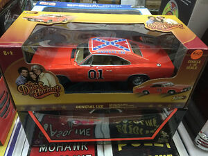 General Lee 1/18 scale diecast car-new