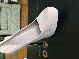 Dusty rose high heels Windsor Region Ontario image 2