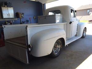 1951 Ford 3 window short box truck