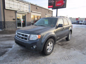2008 Ford Escape XLT SUV **GIVE YOURSELF A GIFT THIS YEAR!**