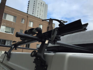 Thule roof bike rack