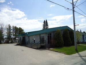 Bâtisse commerciale à vendre 800, 1e Rue, L'Ascension Lac-Saint-Jean Saguenay-Lac-Saint-Jean image 2