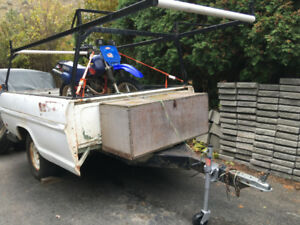 8' box utility trailer with cargo rack
