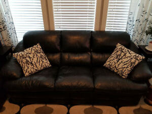 3 Piece Leather Furniture Set (Couch, Loveseat, Chair)