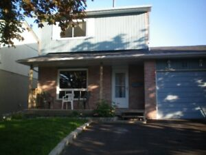 Spacious 3 bedroom Bowmanville home for rent