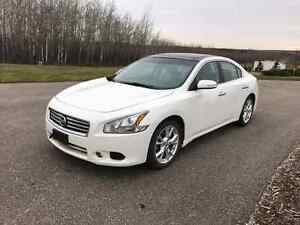 2013 Nissan maxima (Reduced)