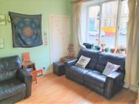 Superb, main door, 3-bedroom HMO furnished flat in Causewayside – available March 2021!