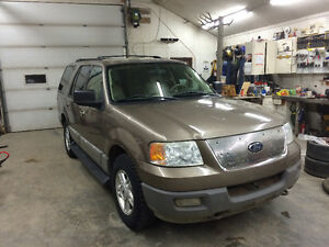 2003 Ford Expedition Xlt SUV, Crossover