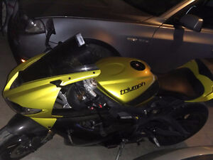 2013 Triumph Daytona Sulphur Yellow (Rare)