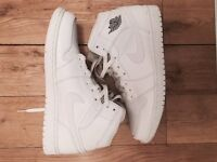 Nike Air Jordan 1 Retro (White)
