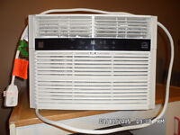 Air Conditioner - 10,000 BTU window mount = like new