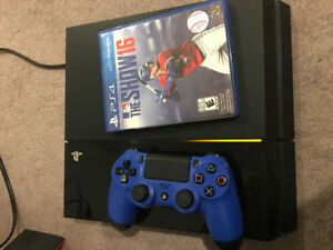 Ps4 500Gb with game and blue controller