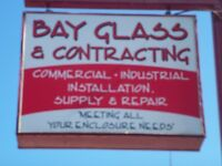 Experienced Glazier Caulker For Commercial  Glass Company