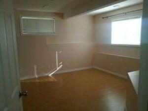 Walkout Basement (one bedroom suite) - Hidden Valley NW $850