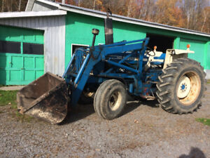 Tracteur Ford 6600 1981