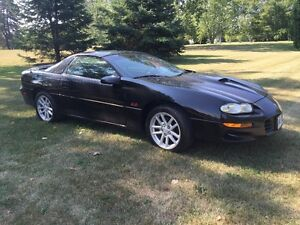 2002 Chevrolet Camaro Z28 Coupe (2 door)