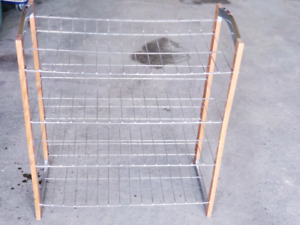 Shoe  rack (one time  4