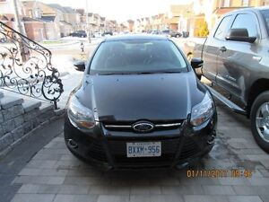 2014 Ford Focus Titanium, Leather,Sunroof,Alloy wheels,Back up