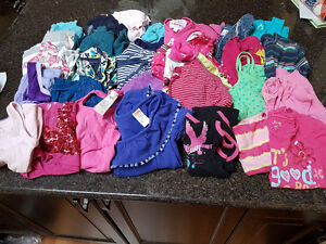 Girl's Shirts - Size 8 Years - 32 Pieces