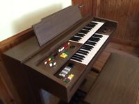 Perfect condition Yamaha organ with with Seat too much