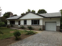 Beautiful Bungalow in Ancaster