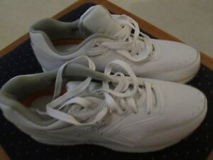 Ladies' Etonic White Leather Walking Shoes - Size 9 NEW