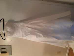Davinci wedding dress  150$ TODAY