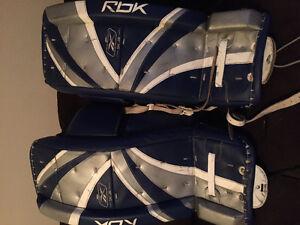 "27"" reebok 5k jr goalie pads with 'flex toe' toe ties"