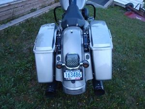 """2009 """"Extremely Well Maintained"""" Street Glide"""