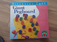Discovery Toy Pegboard