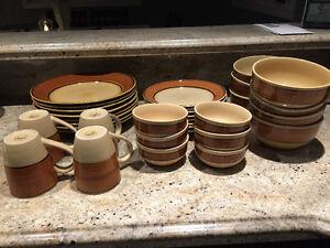 Gibson 35 piece Dinnerware Set